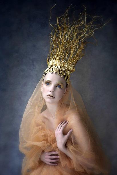 Model:Agnieszka Pietron,Photographer/Costume/Make Up:Agnieszka Jopkiewicz