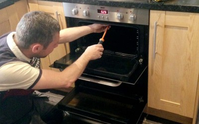 Our Electrolux Microwave Oven Repair Center has more than 10 long stretches of involvement in dealing with an extensive variety of stove repair issues for Microwave broilers and our experts are completely talented and prepared. Our expert specialists are prepared to do every one of the repairs nearby; we trust this is the most advantageous and attractive approach forward.For More Details -http://www.repairwalacenter.com/electrolux-microwave-oven-repair-center-india.php