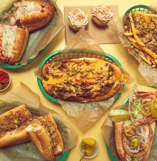 Amazing-downtown-philly-cheesesteaks.jpg