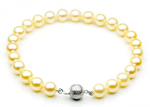 Japanese-Akoya-Saltwater-Pearl-Bracelet.jpg
