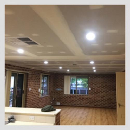 2-Repairing-Plaster-Walls---Specialists-Wall-Repair-Services-Perth.jpg