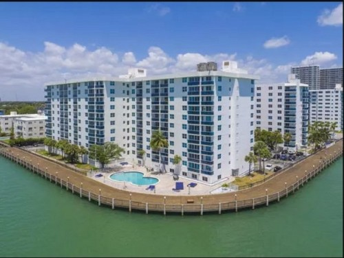 Miami-Beach-Apartments.jpg