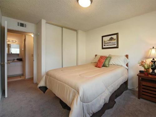 Davis-Apartments.jpg