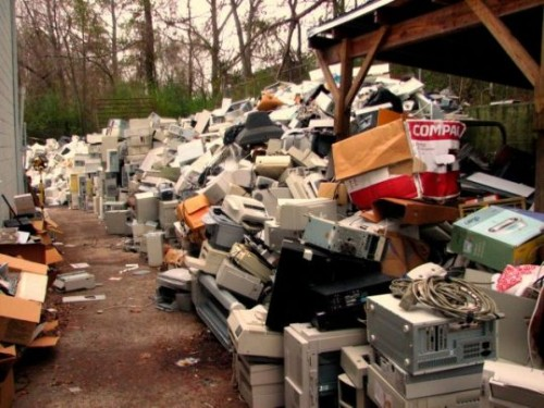 WHY-IS-IT-CRUCIAL-TO-RECYCLE-ELECTRONIC-WASTE.jpg