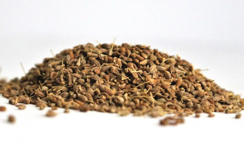 Organic Aniseed is aromatic with warm, sweet and aromatic flavour. Used in cooking and beverages. Can be used as a natural sweetener or to balance flavours. Shop Now.  Visit us: https://spicezen.com.au/whole-spices-cuts/aniseed/