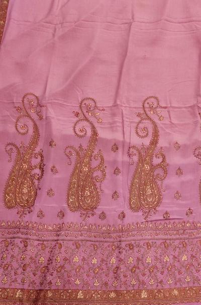 LWPS1K4HK1022304_Pink_Embroidered_Kashmiri_Pure_Crepe_Saree_400x.jpg