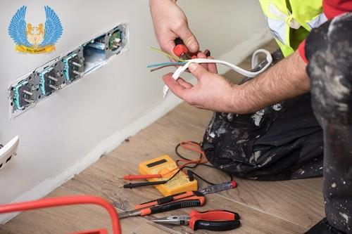 Looking-Emergency-Electrician-Norwich.jpg