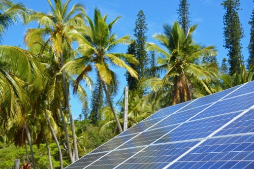 Unde-Mai-Pot-Fi-Folosite-Panouri-Solare-In-Afara-De-Casa.jpg